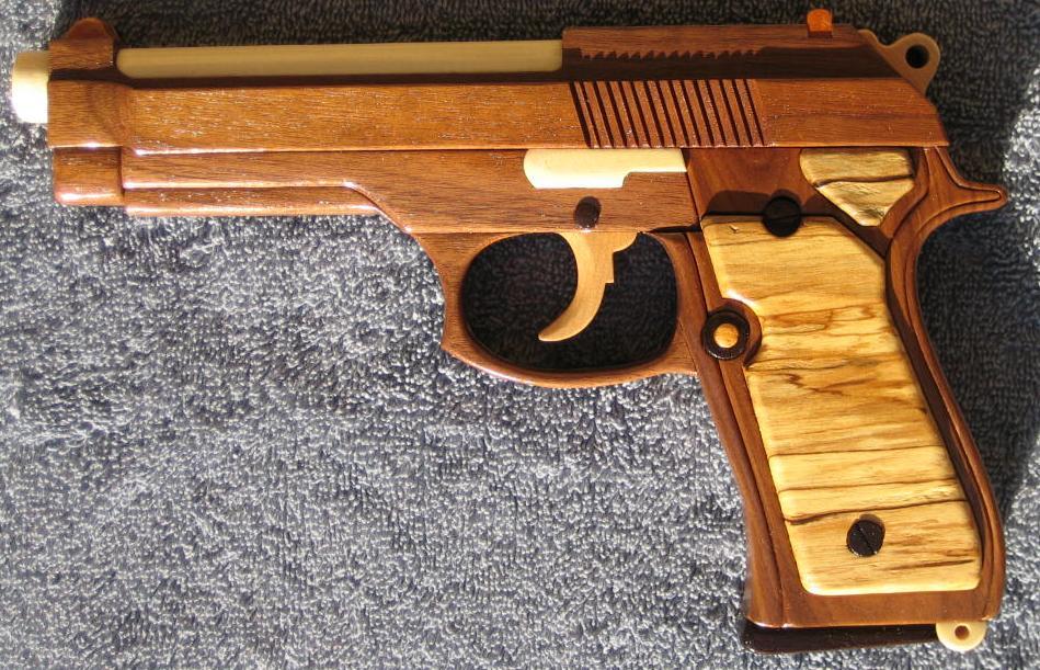 Как сделать пистолет для детей своими руками